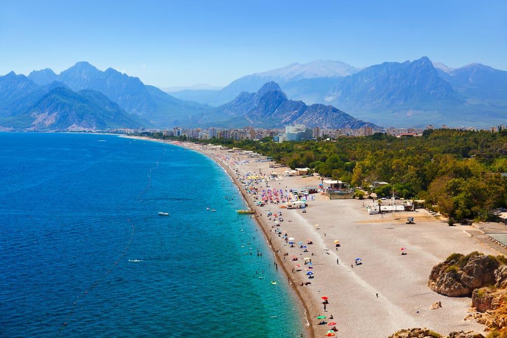 Strand i Antalya i Tyrkiet
