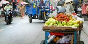 Gadesælgere i Ho Chi Minh City i Vietnam