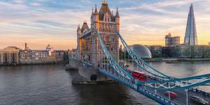 Tower Bridge i London