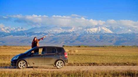 Kirgisistan - bjerge, bil - rejser