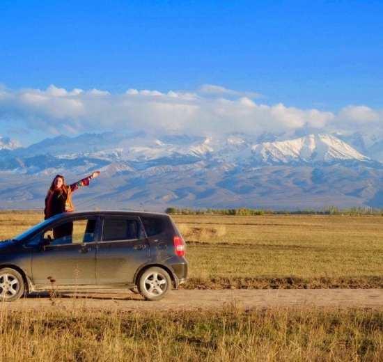 Kirgistan - planine, automobil - putovanja