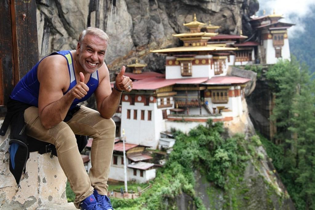 Bhutan - Tommelen opp - flytte til utlandet - reise