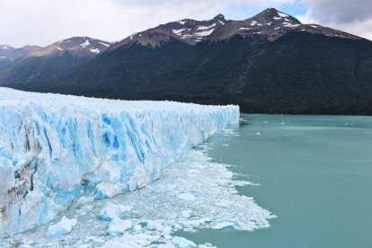 Argentine glacier petito moreno