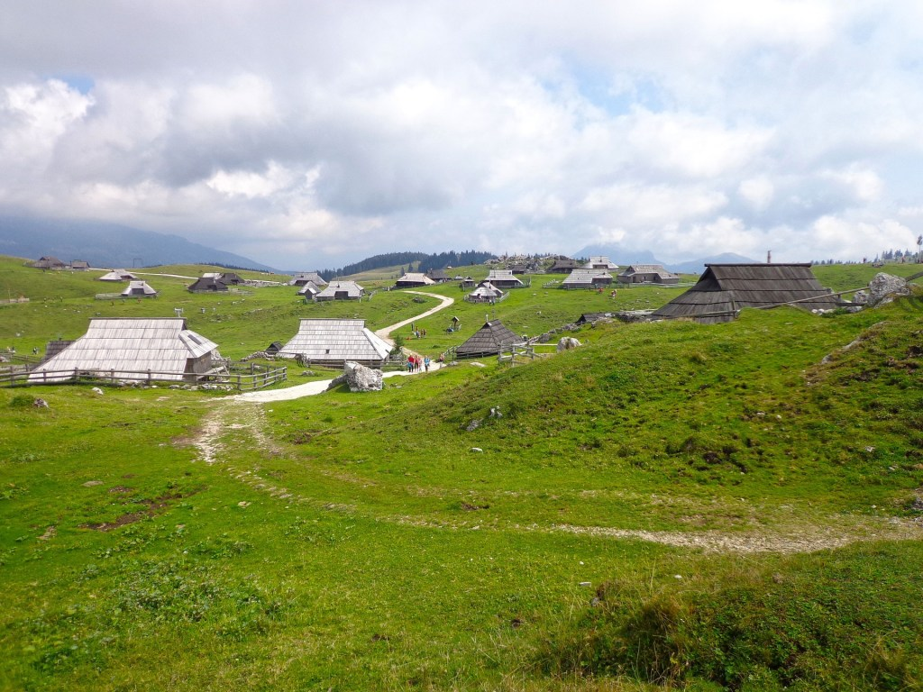 סלובניה - Velika Planina - נסיעות - חופשה באירופה