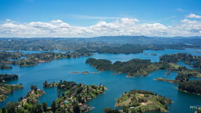 Kolumbija, Guatape, Peñol, jezero, otoci, putovanja