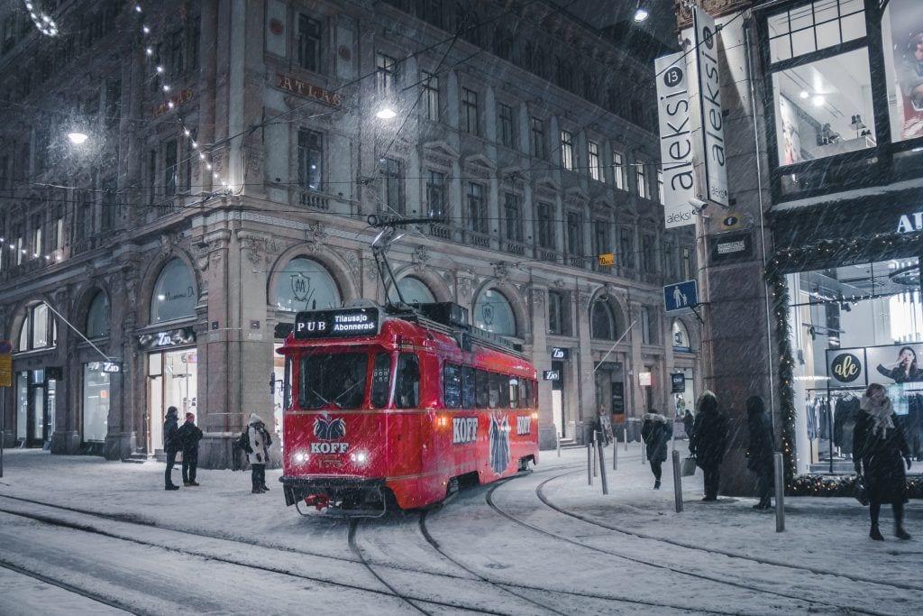 Ελσίνκι - τραμ χιόνι Φινλανδία - ταξίδια