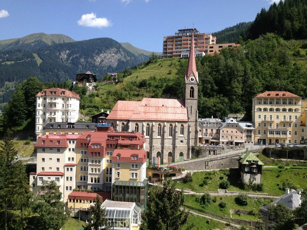 Bad Gastein - Stadt Berge Natur - Reisen - Urlaub in Österreich