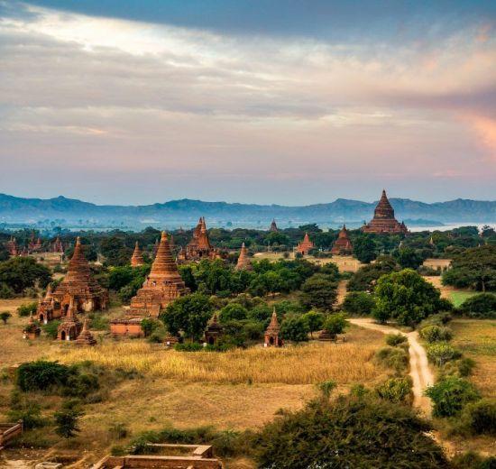 Peter Frank - Burma - templer