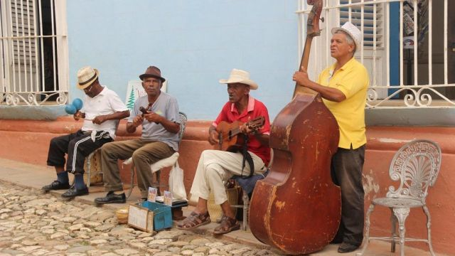 Cuba - Trinidad, salsa, orchestra - travel