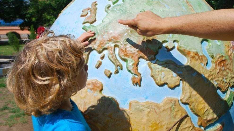 Barn reiser kort