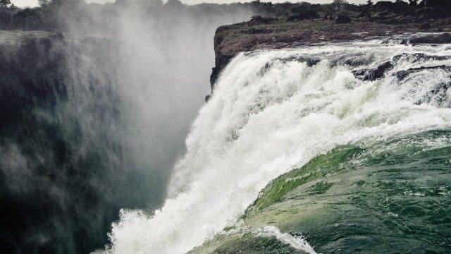 Waterfall-victoria falls