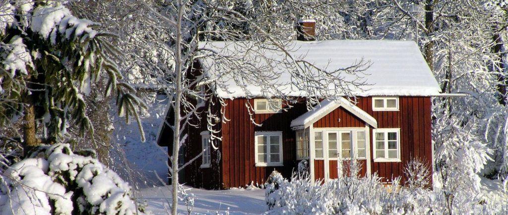 Sverige - hytte, sne - rejser