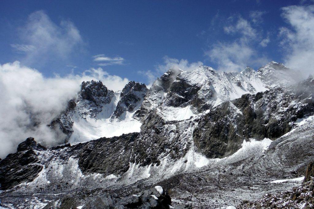 タジキスタン-パミール、山-旅行-タジキスタン