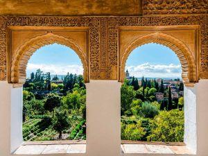 Alhambra, Andalusia - Espanja - Matkailu