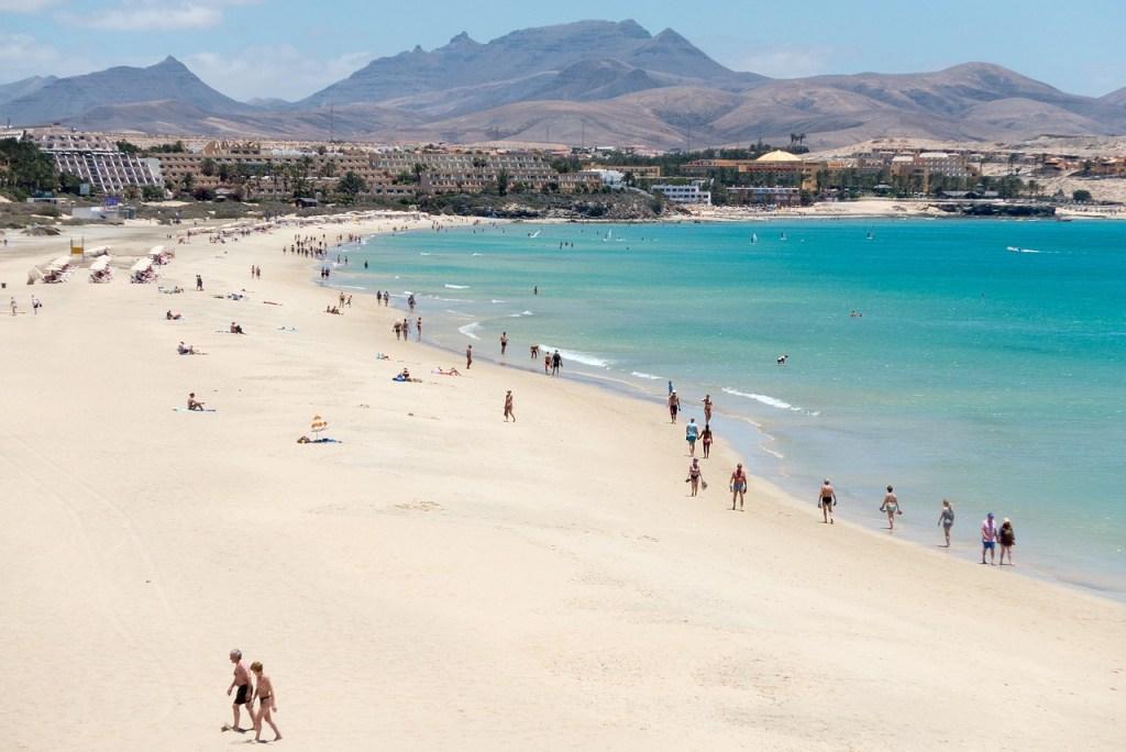 Spanien - Fuerteventura, strand, bjerge