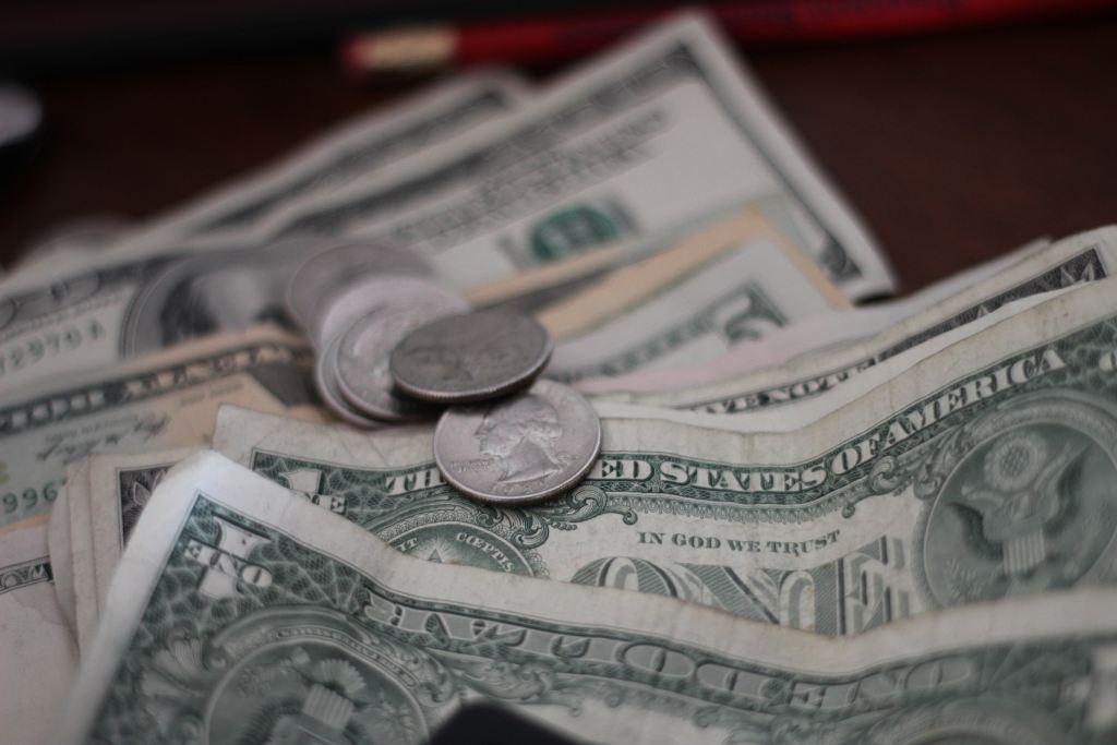 Tips Drikkepenge Dollars Rejser