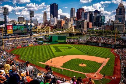 USA - Pittsburgh, baseball, skyline - rejser