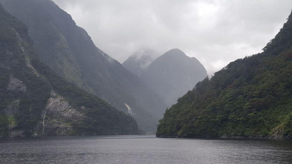 New Zealand tvilsom Sound Lake South Island Travel
