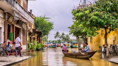 Vietnam - Hoi An - boat - travel