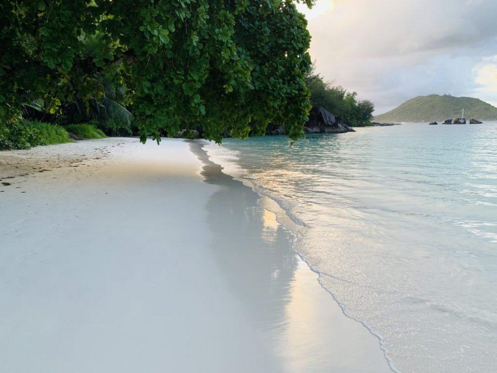 Seychellen - Ephelia Resort - Strand - Reisen