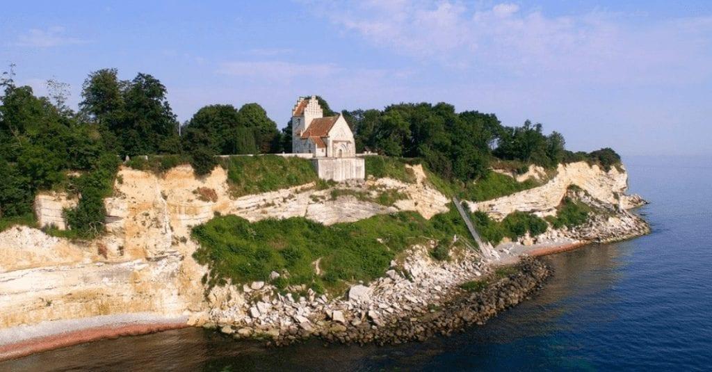 Stevns klint Danmark kirke rejser - sommerferie i danmark