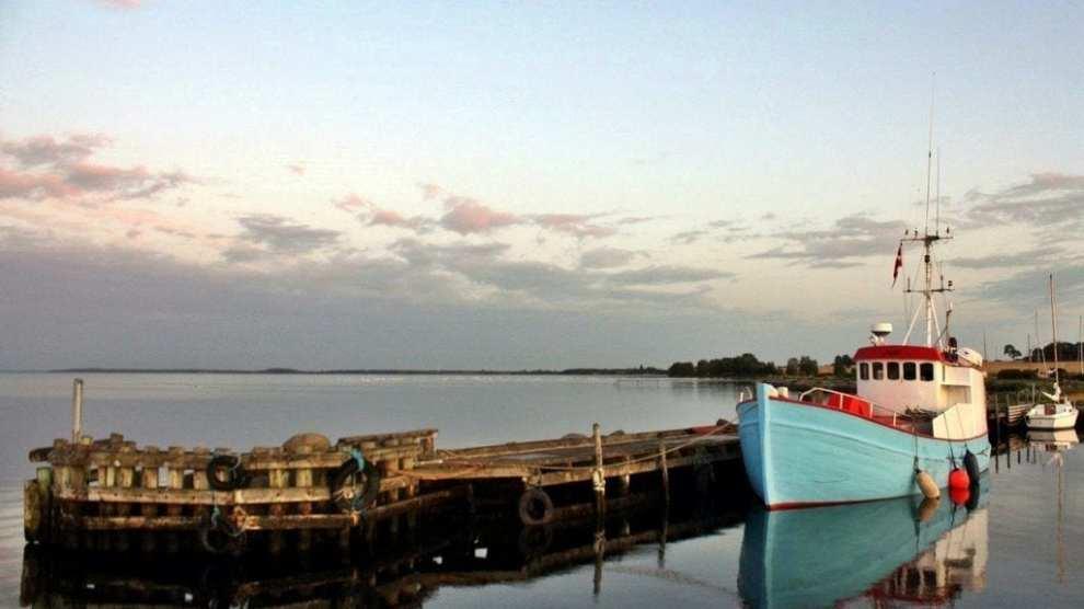 Danmark - Lolland, Kragenæs, havn, fiskekutter - rejser