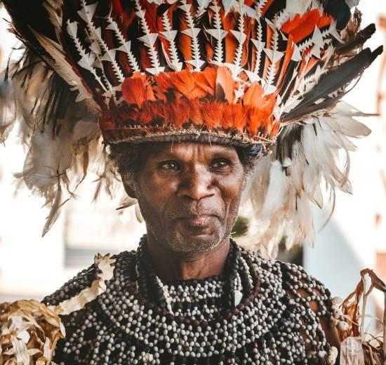 Papua Ny Guinea traditionel mennesker rejser
