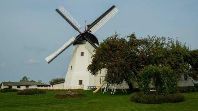 Danmark Bornholm vindmølle rejser