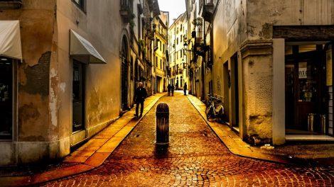 Italien - Vicenza, Straßenszene - Reisen