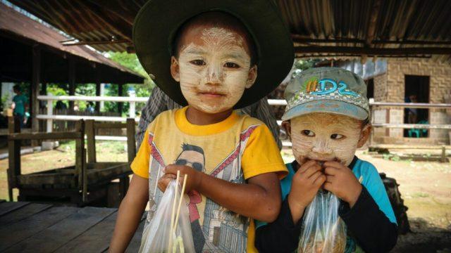 Myanmar - barn - reiser