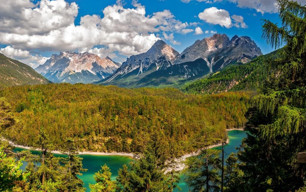 Lac - montagne - forêt - Autriche - voyage -