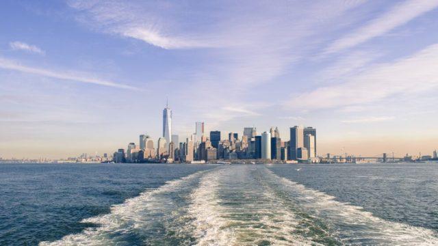 Bandaríkin - New York - Skyline - City - Vatn - Ferðalög