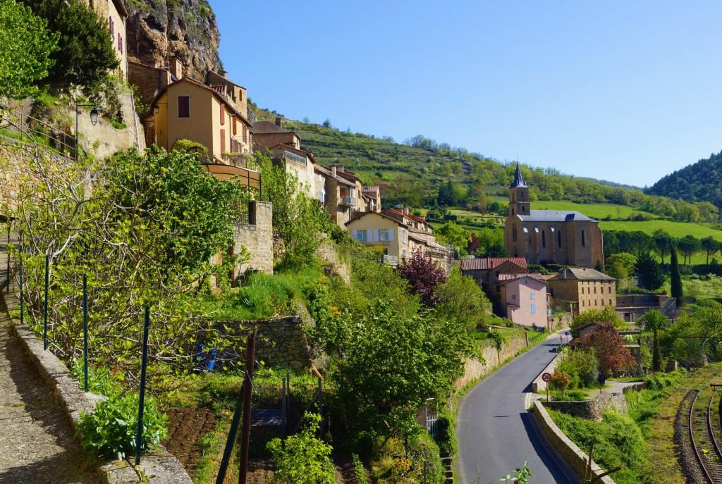 Eva i Malte - godišnji odmor - Francuska - Millau, kuća na točkovima - grad - kamene kuće - putovanja