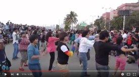 video : short doc. : India's 1st Queer Flash Mob, Marine Drive, Mumbai 2012