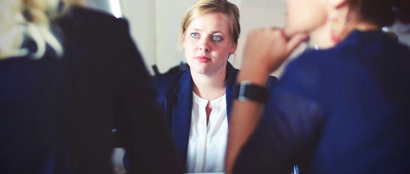 mitarbeitergespräch-feedback-kollegen-richtig-geben