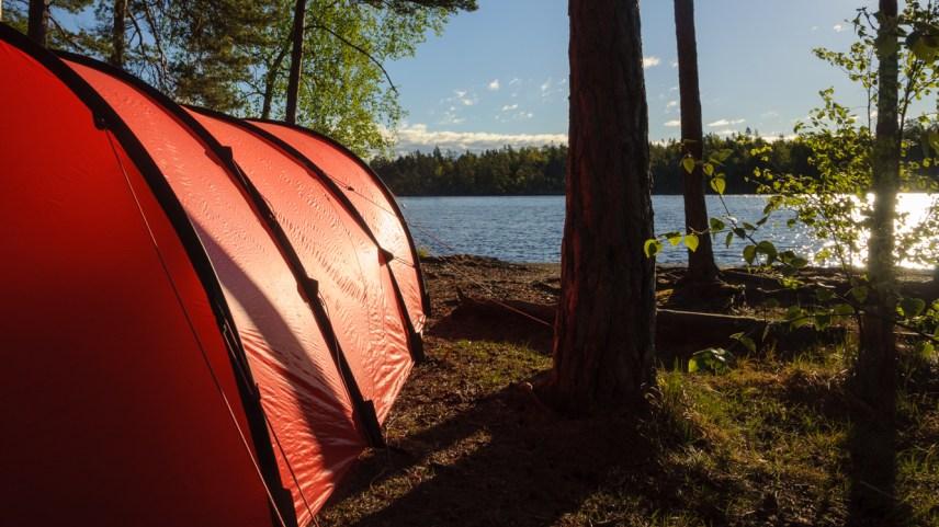 Tältning vid Årsjön