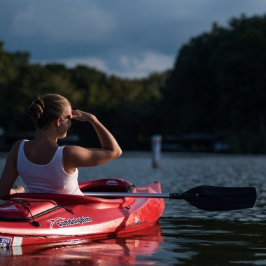 how to keep kayak from tipping over
