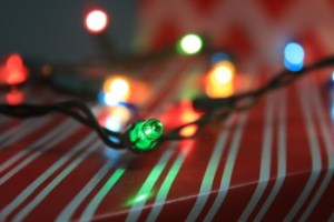 Reliable Roofing Tips Hanging Holiday Lights Roof & Gutters