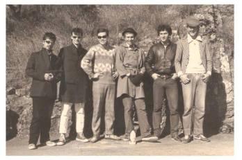 A 'Prisão de Ventre', que durou de 1982 a 1985, foi a banda de transição para 'Graforréria Xilarmônica'.