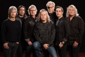 "KANSAS: annunciano il live album ""Point Of Know Return Live & Beyond"""