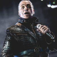 Till Lindemann cantante dei RAMMSTEIN ricoverato in terapia intensiva