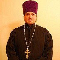 Священник РПЦ с автоматом в руках воюет на Донбассе против Украины