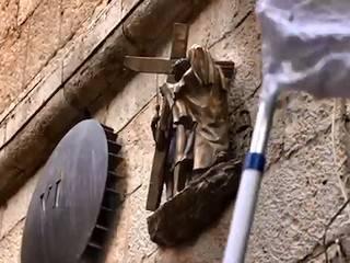 Embellecido el Via Crucis de Jerusalén