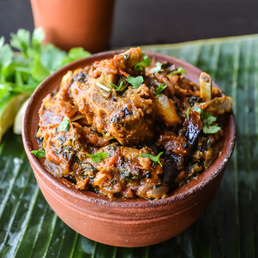 Lamb Spinach Curry/ Saag Gosht – Relish The Bite
