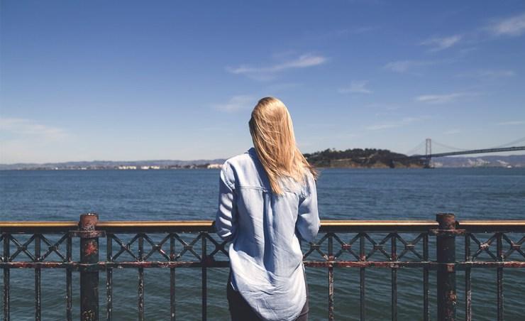 בנות זוג הנשארות בארץ מתלוננות על תחושת בדידות בעיקר בסופי שבוע וחגים