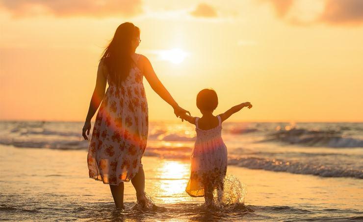 על קשיי ההתחלה של הרילוקיישן ובסוף על ההתחבטויות האם בכלל לחזור הביתה - סיפורה של משפחת שוורץ