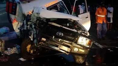 Photo of Ambulancia pierde control y se estrella con un albor Muriendo el chófer y resultando herido un acompañante.