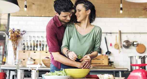 Valentine's day date ideas 'Cooking together'