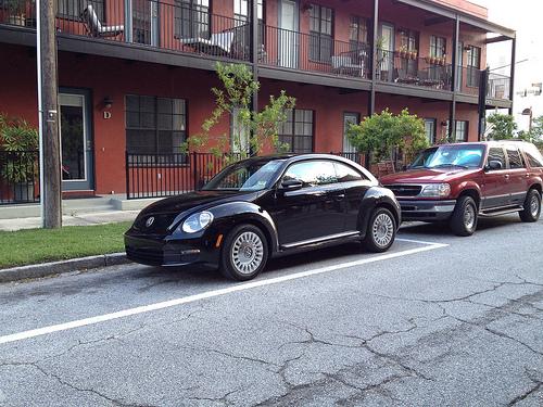 2013 Volkswagen Beetle 2.5 5-speed