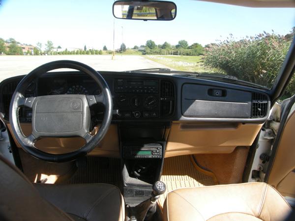 Saab 900 dashboard, by saabhistory on Flickr